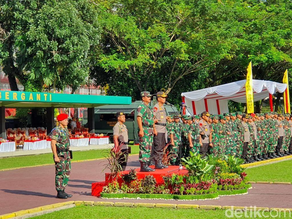 Panglima TNI-Kapolri Pimpin Apel Pengamanan Natal dan Tahun Baru di Medan