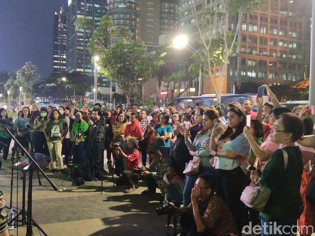 Christmas Carol di Trotoar Jakarta Hari Kedua Makin Ramai, Begini Suasananya
