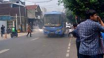 TransJ Selidiki Penyebab Bus Keluarkan Asap di Depan PN Jaksel