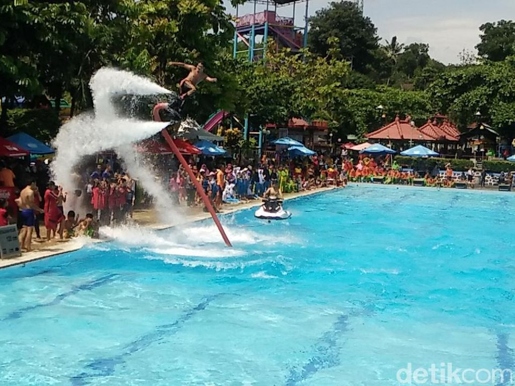 Foto: Flyboard Kolam Pertama Indonesia