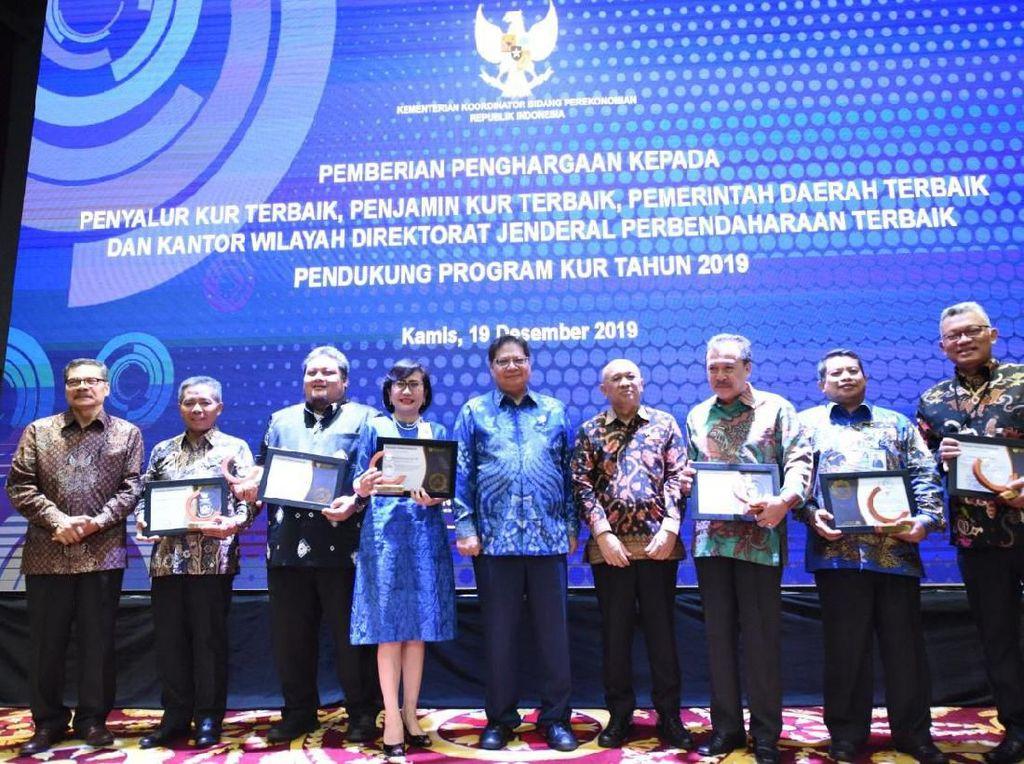 Askrindo Syariah Raih Peringkat II KUR Award