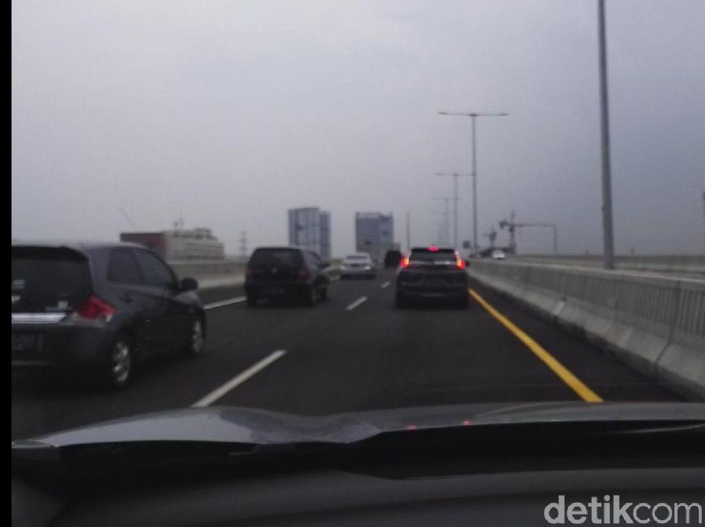 Tol Layang Japek Harusnya Punya Pintu Exit Tiap 10 km