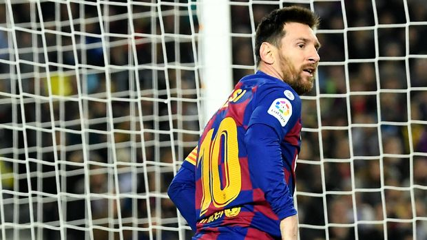 Barcelona's Argentine forward Lionel Messi reacts during the