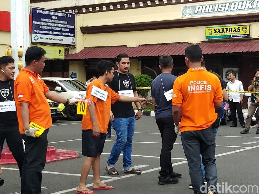 Rekonstruksi Penikaman Mahasiswa UMI Makassar, Korban Diserang Saat Ngopi