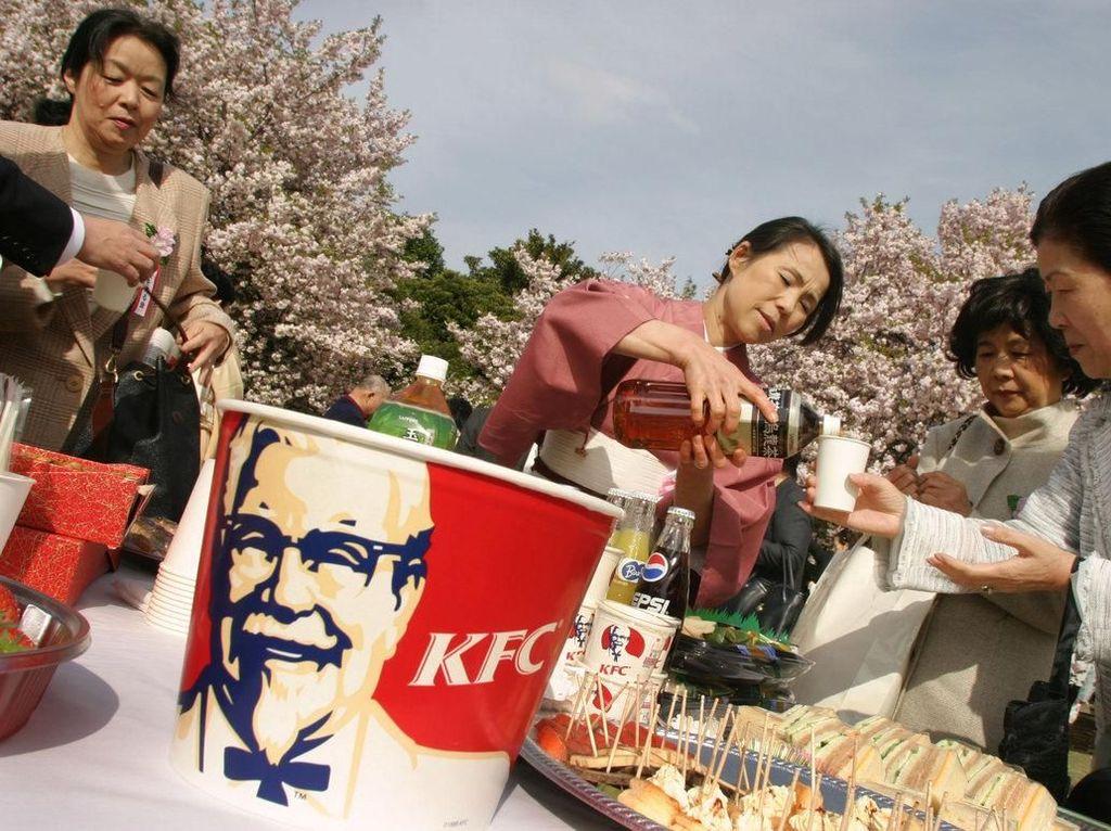 Ini Sebabnya Orang Jepang Rayakan Natal di KFC Sejak Dulu
