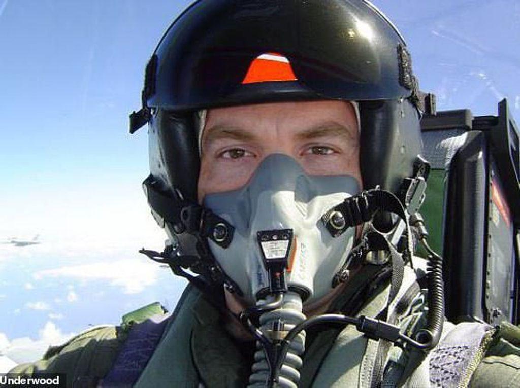 Kesaksian Mencekam Mantan Pilot yang Melihat UFO