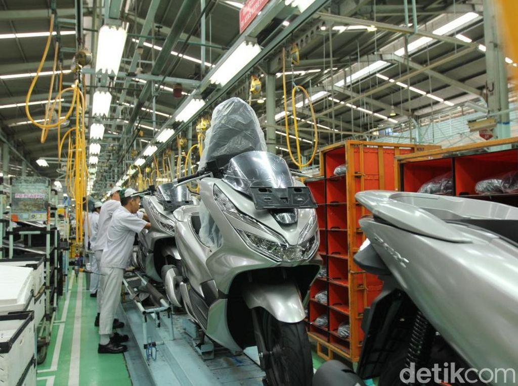 Honda PCX Made In Indonesia Dikirim ke Brasil
