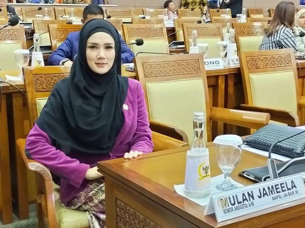 Colek Pertamina, Mulan Jameela Usul harga Pertamax Setara Premium