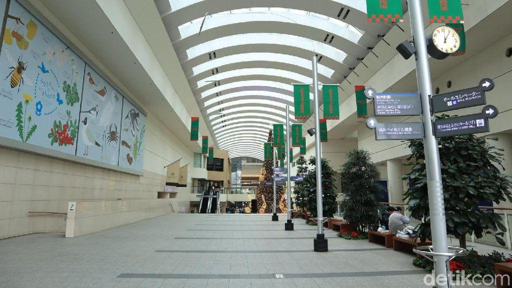 Foto: Keren! Area Pejalan Kaki Indoor bagaikan di Mal