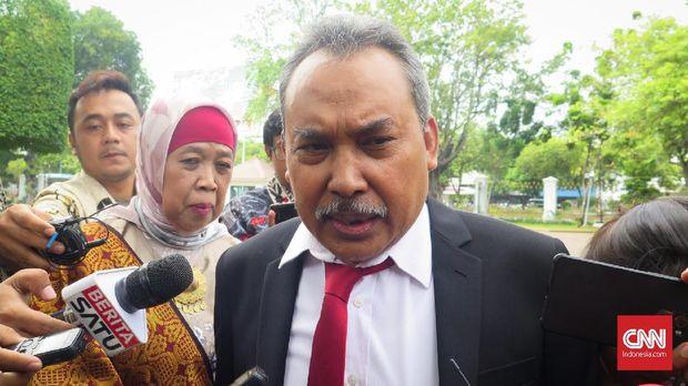 Anggota Dewas KPK Syamsuddin Haris memaklumi dua OTT terbaru tanpa izin pihaknya.
