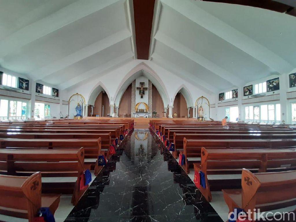 Pimpinan Gereja Santa Clara Bekasi Ungkap Pengalaman Ibadat di Ruko