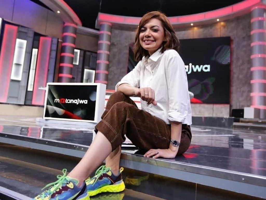 Bukti Najwa Shihab Anak Hypebeast, Intip 12 Koleksi Sneakers Kekiniannya