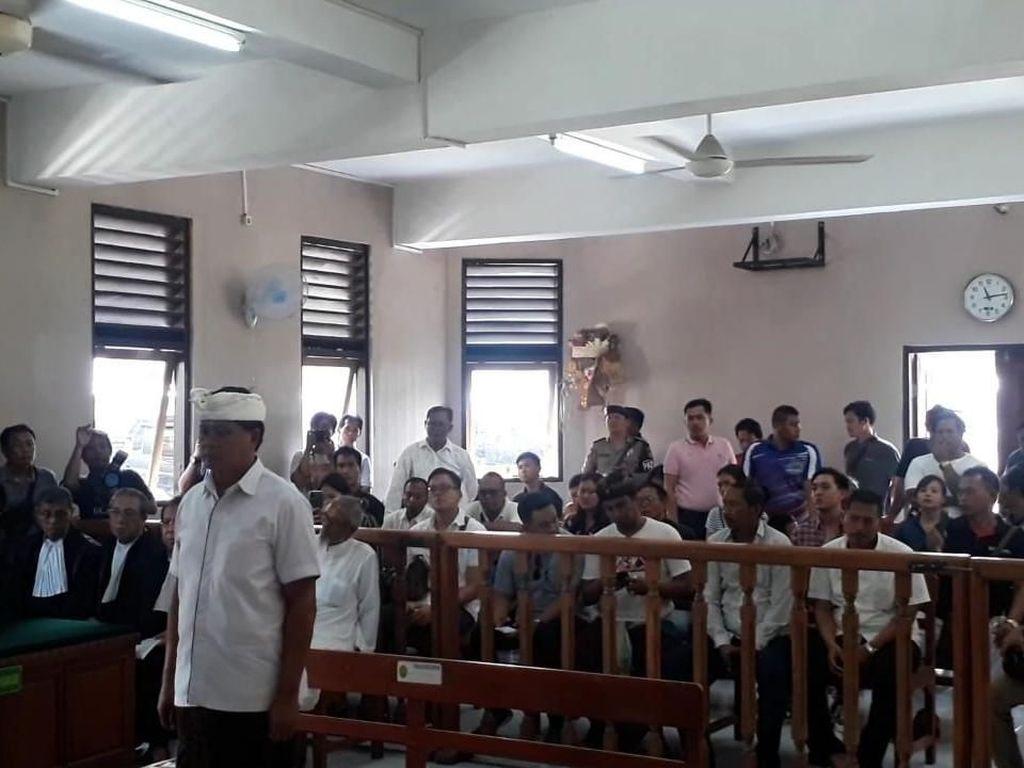 Terbukti Tipu Bos Maspion, Eks Wagub Bali Divonis 12 Tahun Penjara
