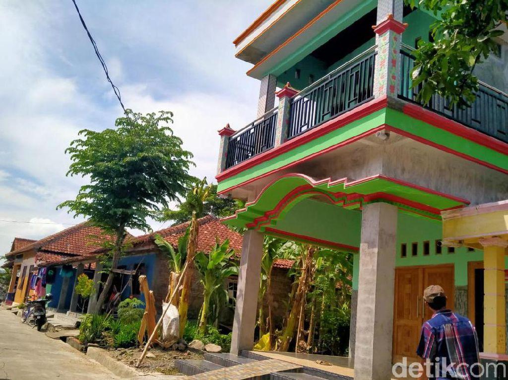 Kata Tetangga Soal Pemilik Rumah Berlantai 2 Berstiker Miskin
