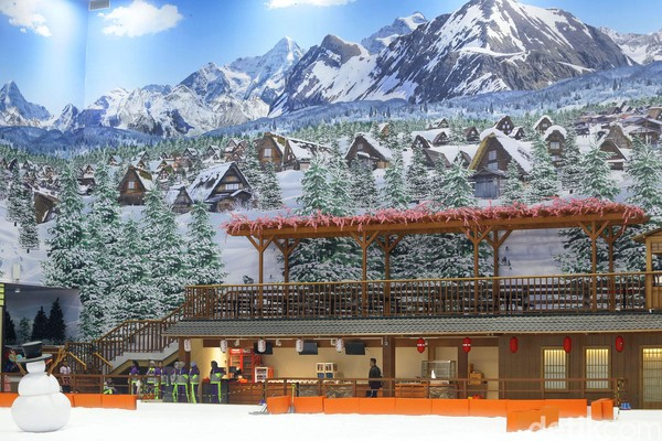 tempat wisata dengan harga tiket Snow World International Revo World terjangkau