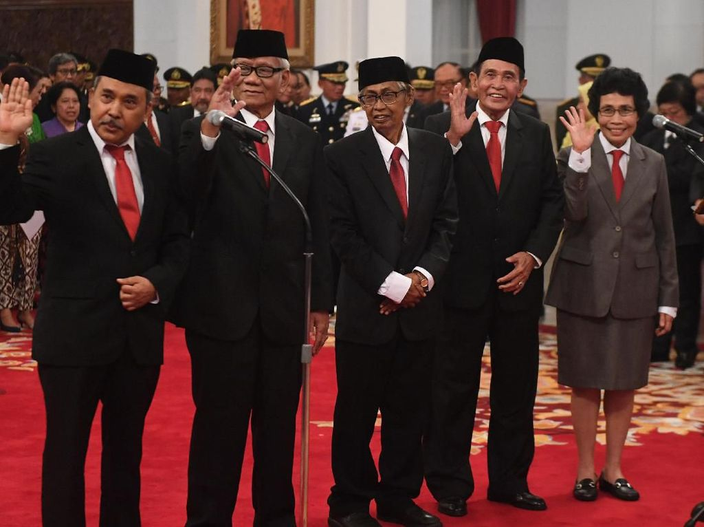 4 Anggota Dewan Pengawas KPK Ternyata Masih di Luar Jakarta