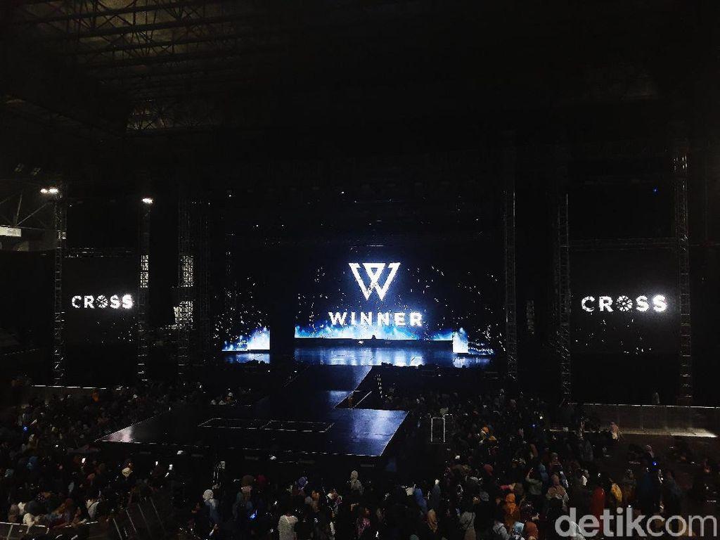 Cross Tour in Jakarta Jadi Momen Tak Terlupakan bagi WINNER