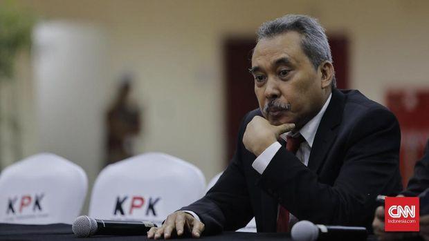 Dewan Pengawas KPK  Syamsuddin Haris saat serah terima jabatan Pimpinan dan Dewan Pengawas KPK di gedung KPK, Jakarta, Jumat (20/12/2019).