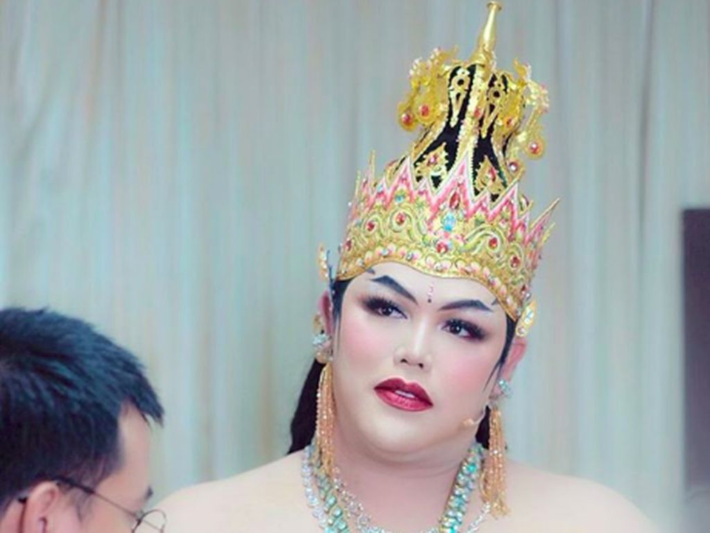 Foto: Penampilan Cantik Ivan Gunawan di Pentas Wayang Jadi Dewi Arimbi