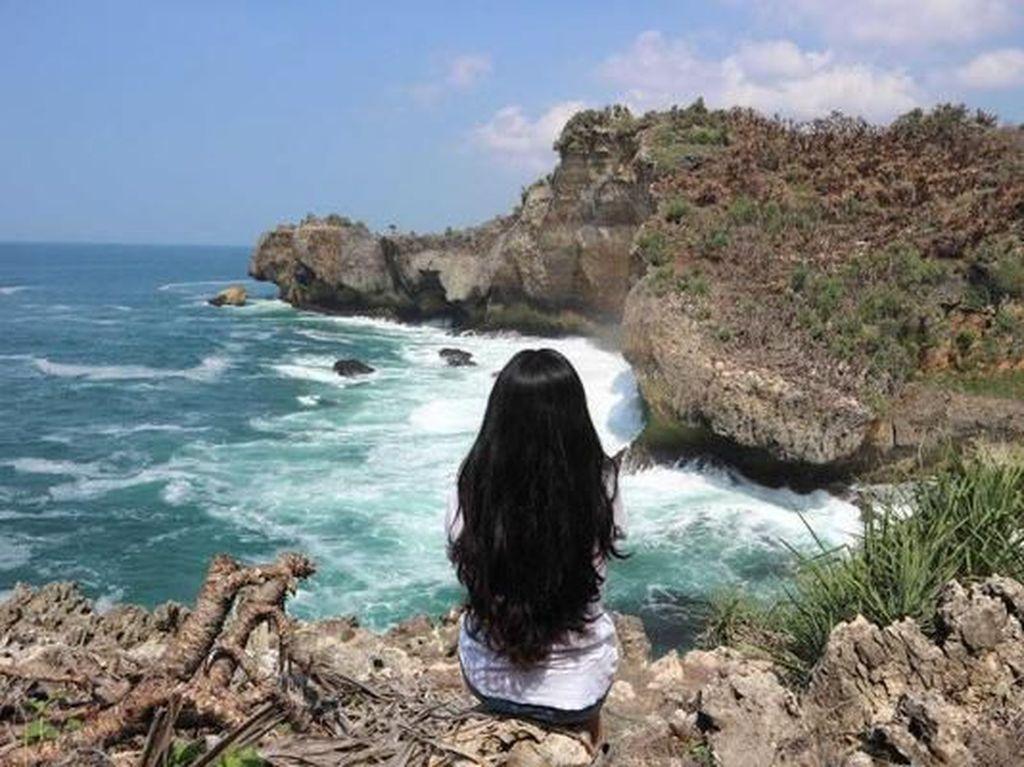 Masuk Obwis Harus Pakai PeduliLindungi, Eh Pantai Gunungkidul Masih Minim Sinyal