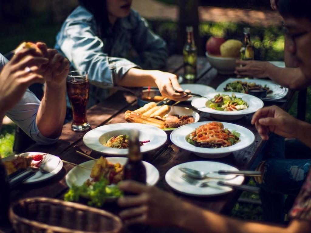 Makan Enak Tetap Sehat Tanpa Takut Kolesterol di Akhir Tahun