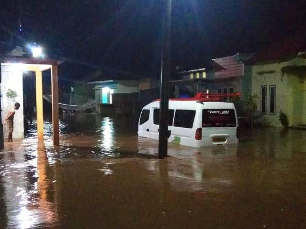 Banjir dan Longsor Landa 8 Kecamatan di Lima Puluh Kota Sumbar