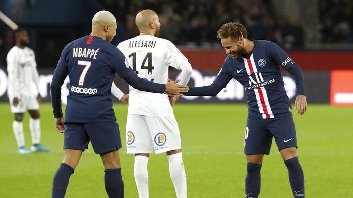Thomas Tuchel menilai Kylian Mbappe dan Neymar adalah duet sehati yang saling memotivasi (Foto: AP Photo/Thibault Camus)