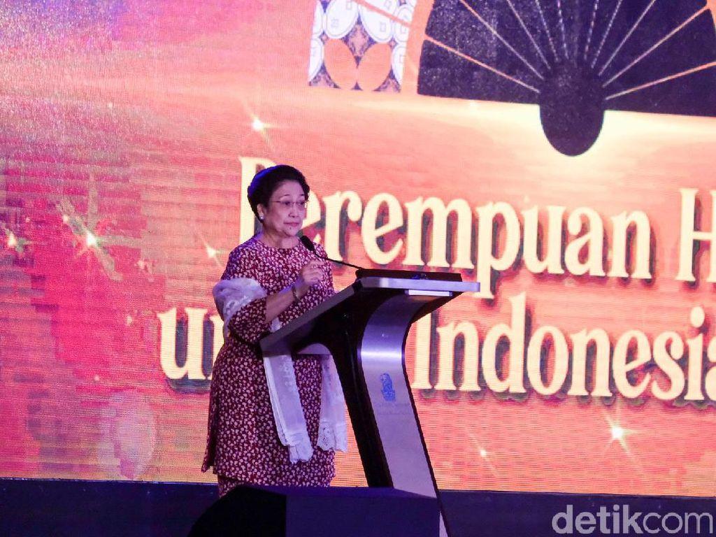 Mega Banggakan Puan Jadi Ketua DPR: 22 Kali Dijabat Pria, Saya Jengkel
