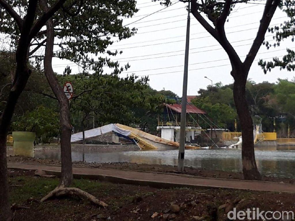 Minta Maaf, PPK Kemayoran Dalami Penyebab Ambruknya Jembatan Utan Kemayoran