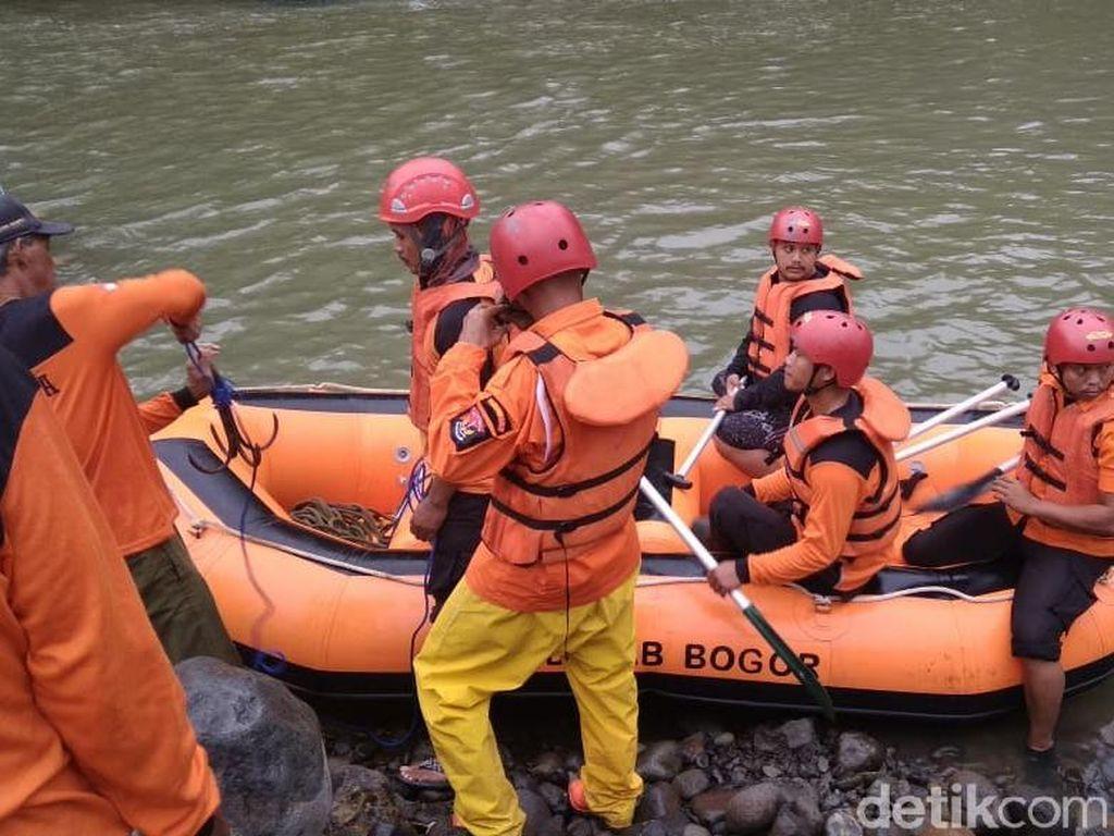 Pembina Santri Tenggelam di Sungai Cianteun Bogor Saat Mandi