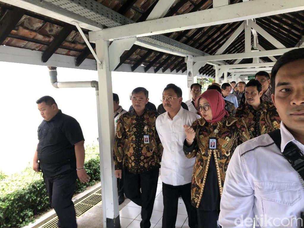 Sambangi RSHS Bandung, Menkes Terawan Cek Kesiapan Sambut Nataru