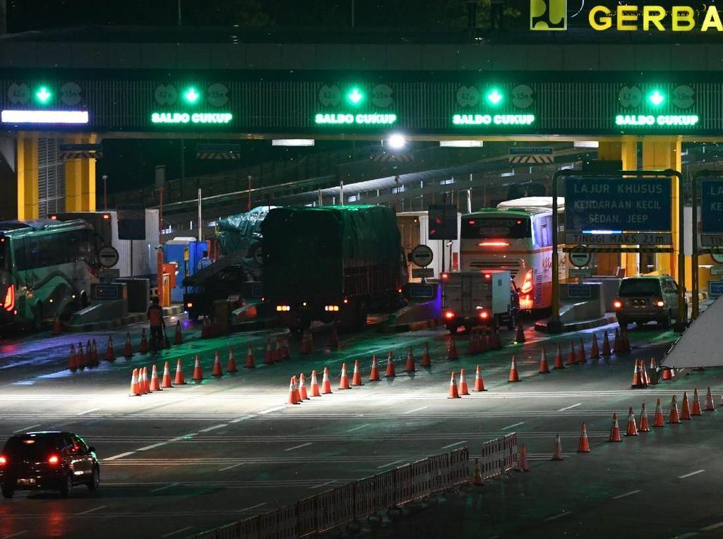Hampir 500 Ribu Kendaraan Menuju Jakarta Lewat Tol Setelah Lebaran
