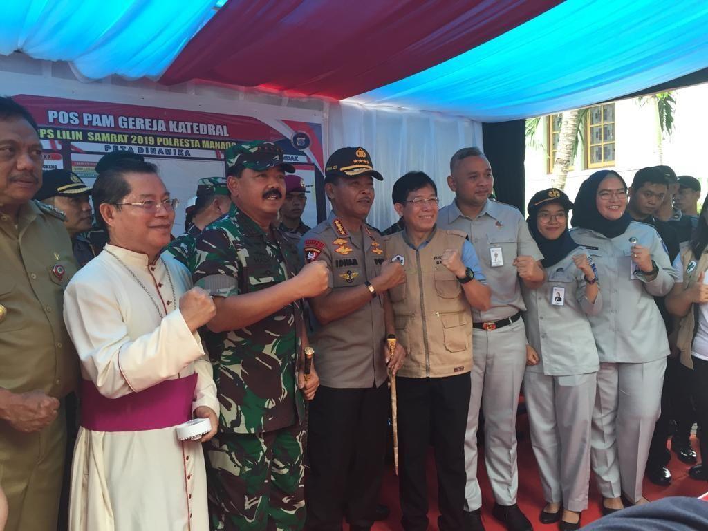 Panglima TNi-Kapolri Hadiri Deklarasi Natal Damai di Manado