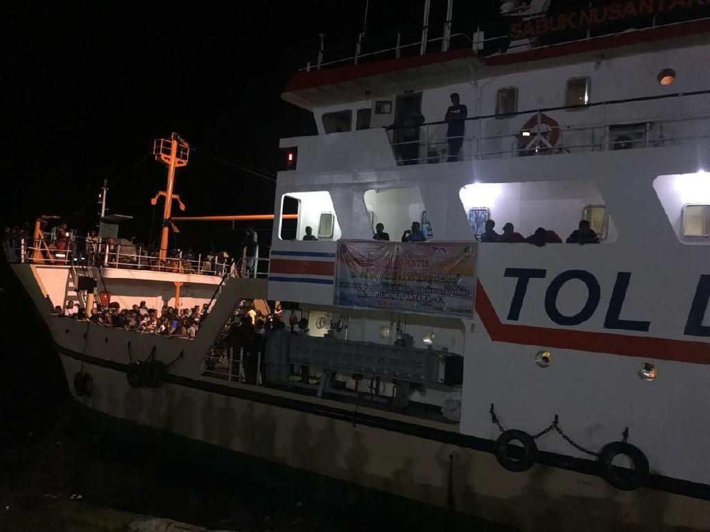 Kemenhub Lepas 925 Peserta Mudik Gratis Kapal Laut dari Sorong Papua