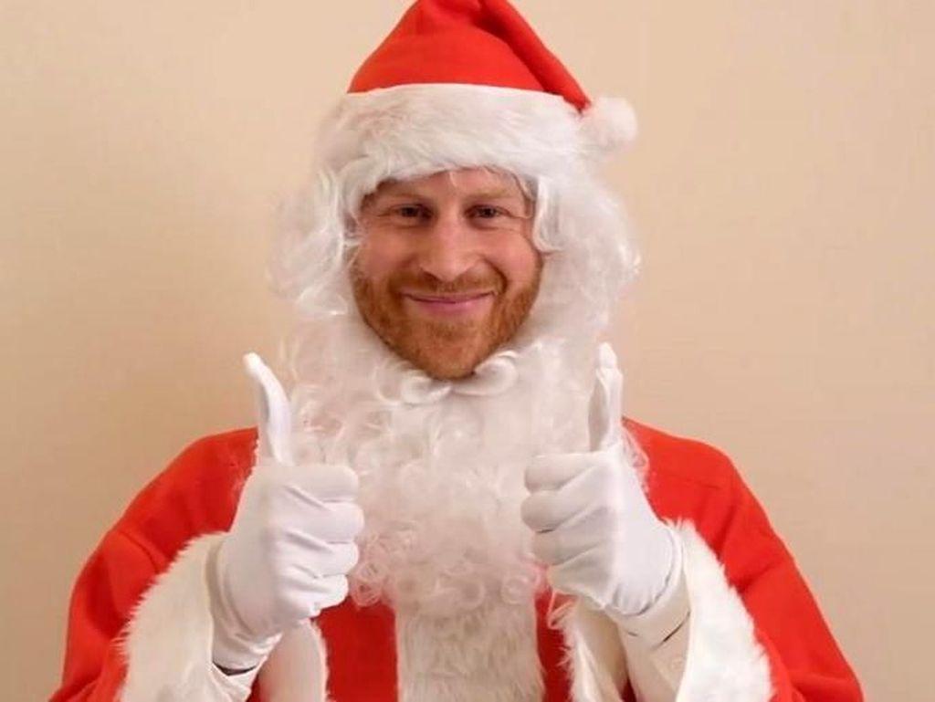 Beri Ucapan Natal, Pangeran Harry Jadi Santa