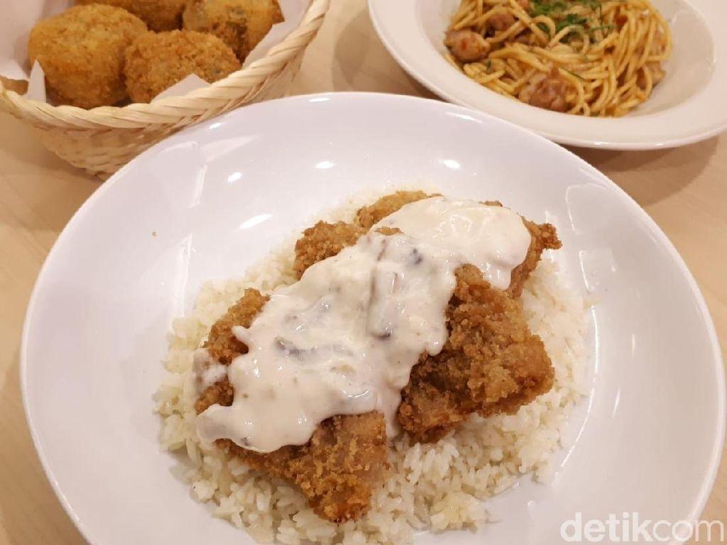 AyamAyaman: Gurih Creamy Butter Rice dengan Topping Chicken Katsu