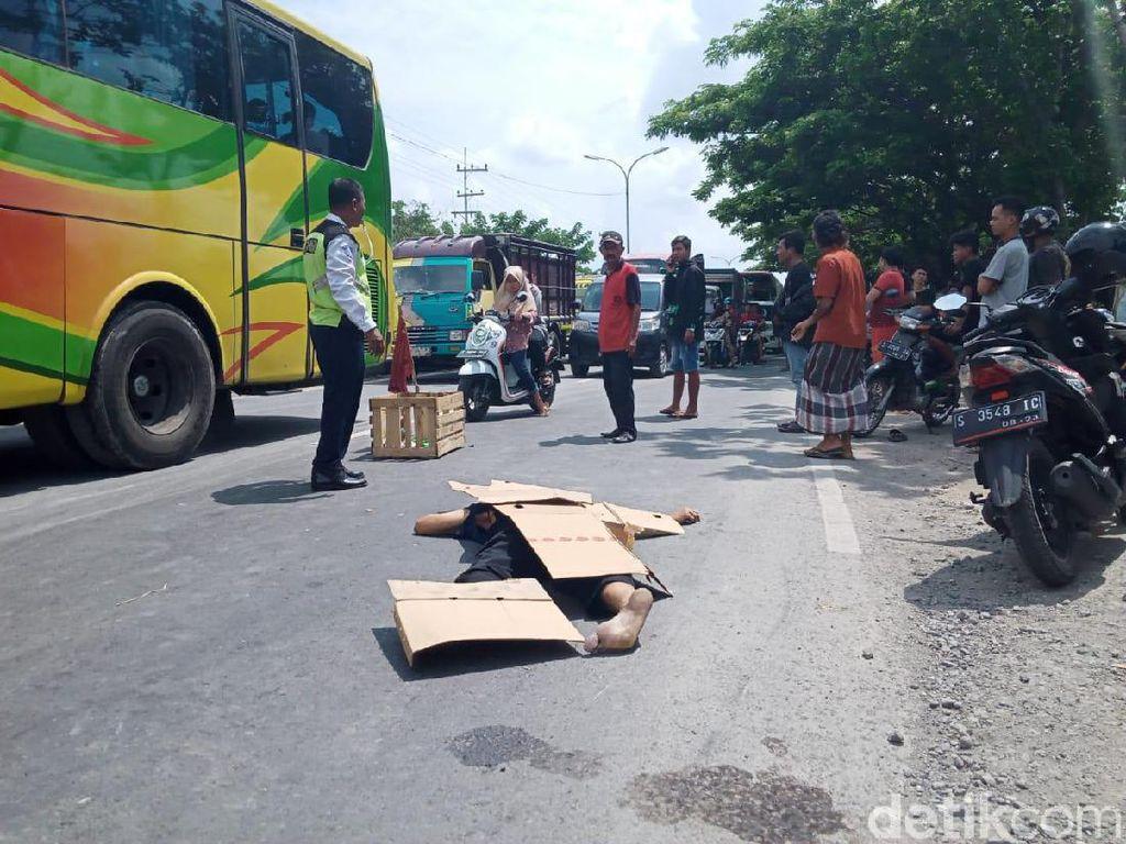 Hindari Jalan Berlubang hingga Jatuh, Pemotor Ini Tewas Tertabrak Bus