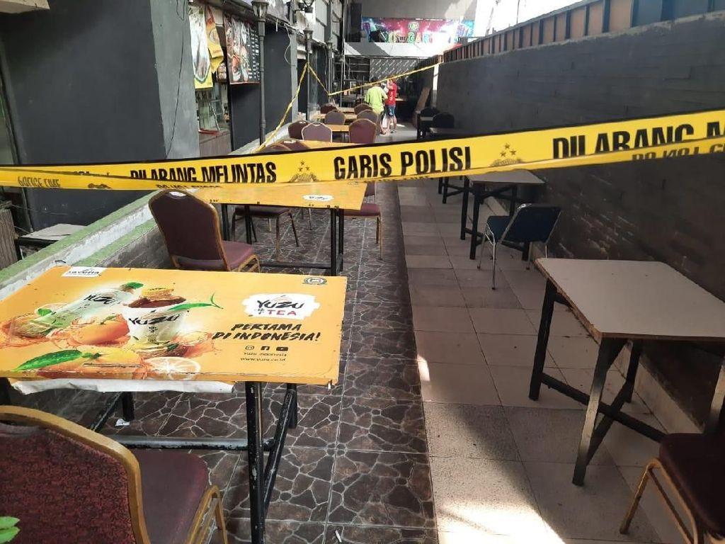 Detik-detik Polisi Gerebek Perjudian di Mal Season City