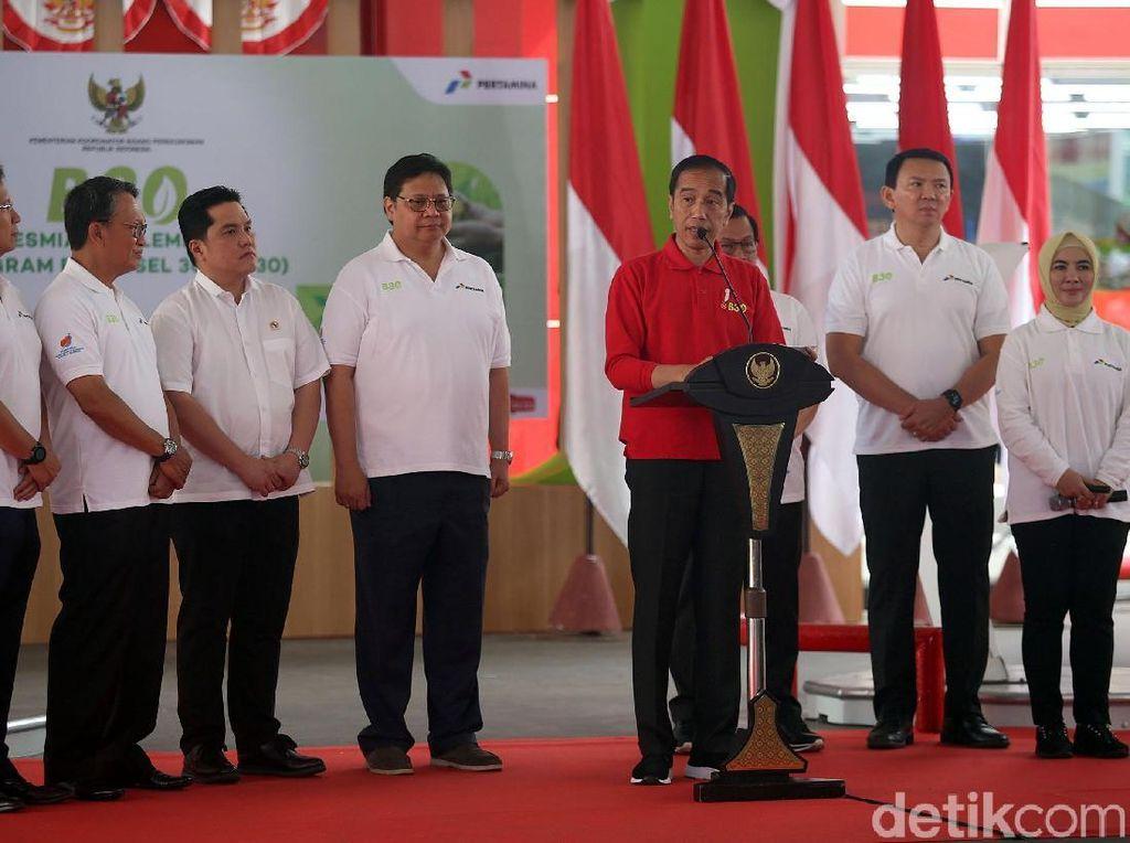 Pakai Merah-Putih, Jokowi-Ahok Resmikan Peluncuran B30