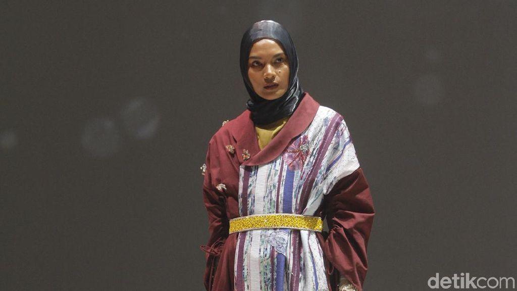 Foto: 15 Koleksi Busana Muslim Ria Miranda Untuk 2020