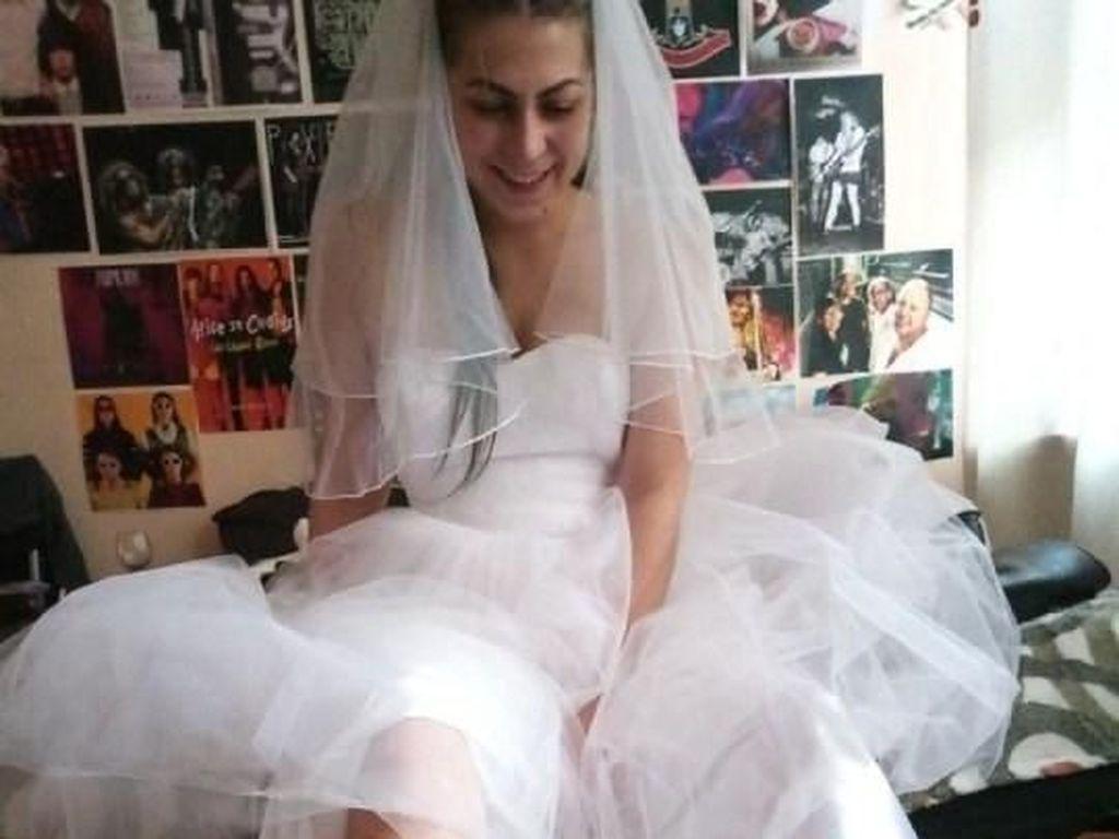 PD Abis, Pengantin Wanita Ini Tampilkan Bulu Kaki yang Tak Dicukur 7 Tahun