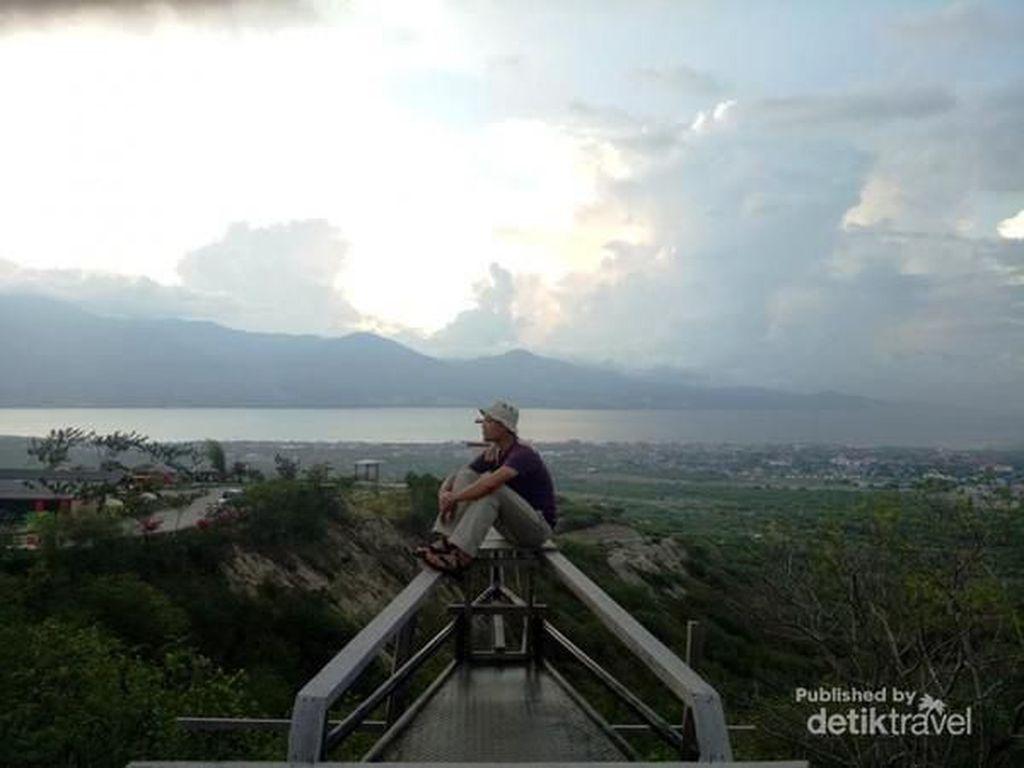 Mengunjungi Gong Perdamaian di Tengah Pulau Sulawesi