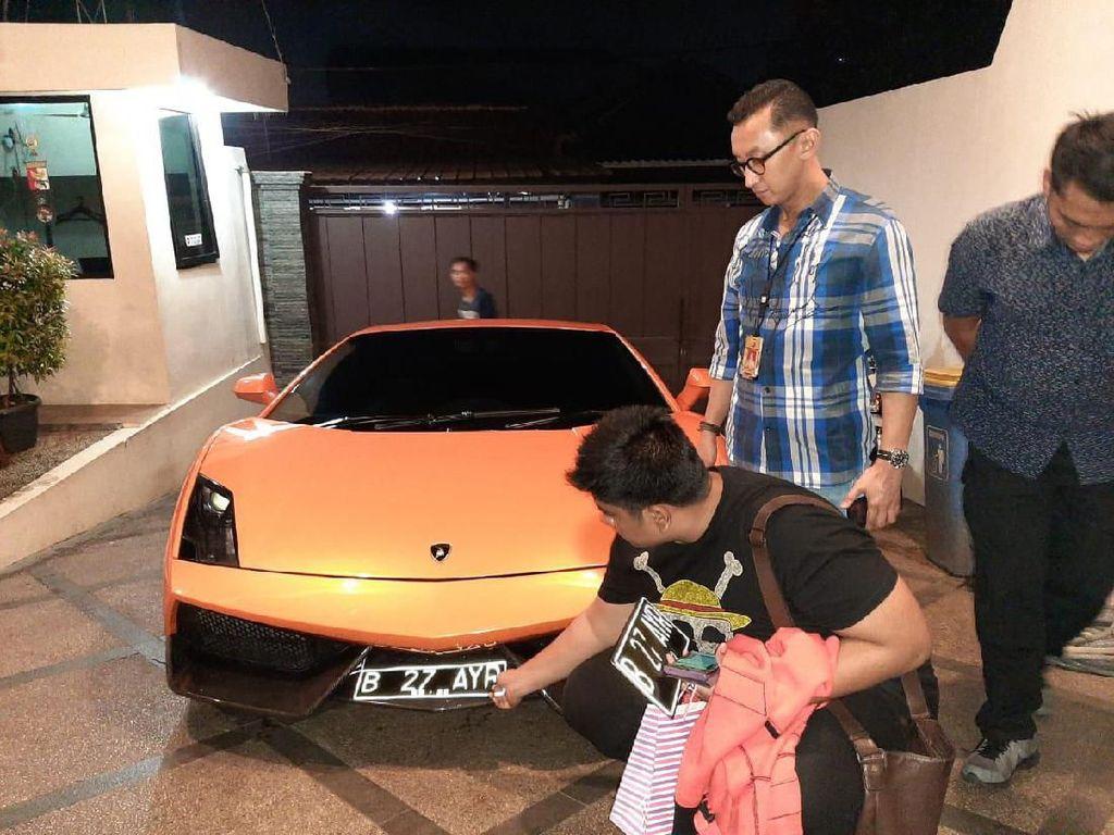 Lamborghini yang Dikendarai Abdul Malik Saat Todong Pelajar Disita Polisi