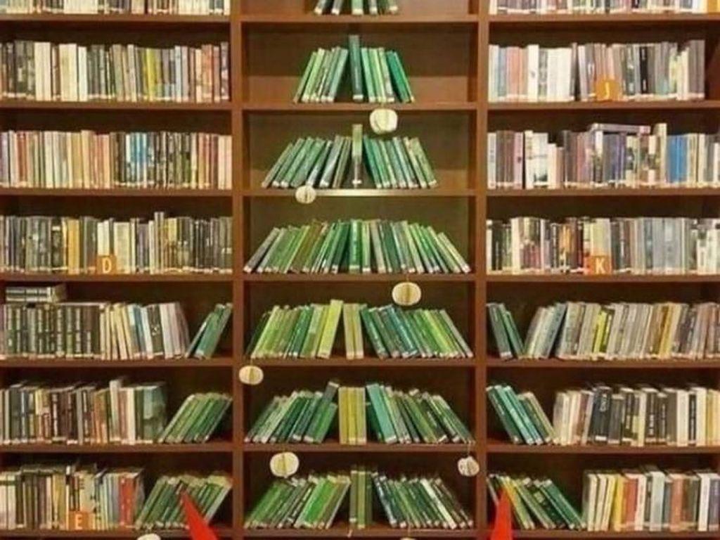 Apa Jadinya Kalau Pohon Natal Dibuat Dari Perkakas di Tempat Kerja?