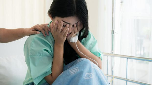 Ilusrtasi menjenguk teman sakit