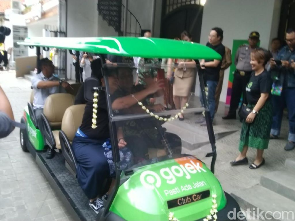 Sambut Wisatawan Nataru, Kota Semarang Tambah Mobil Golf