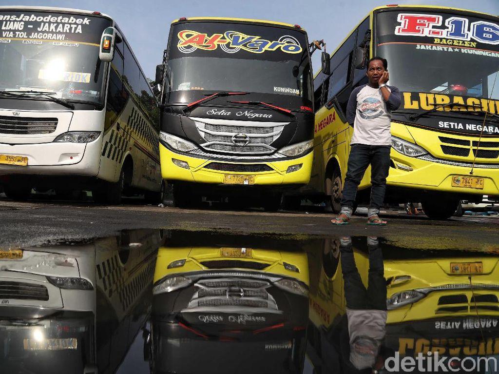 Kemenhub Tambah 68 Bus Eksklusif untuk Libur Nataru di Pulogebang