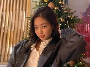 Ucapkan Selamat Natal, Jennie BLACKPINK Tampil Cantik Tanpa Makeup