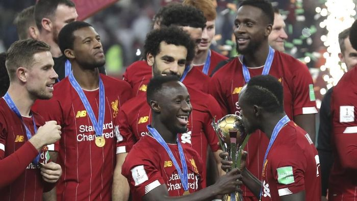 Liverpool ingin pakai emblem juara dunia di Premier League (Hassan Ammar/AP Photo)