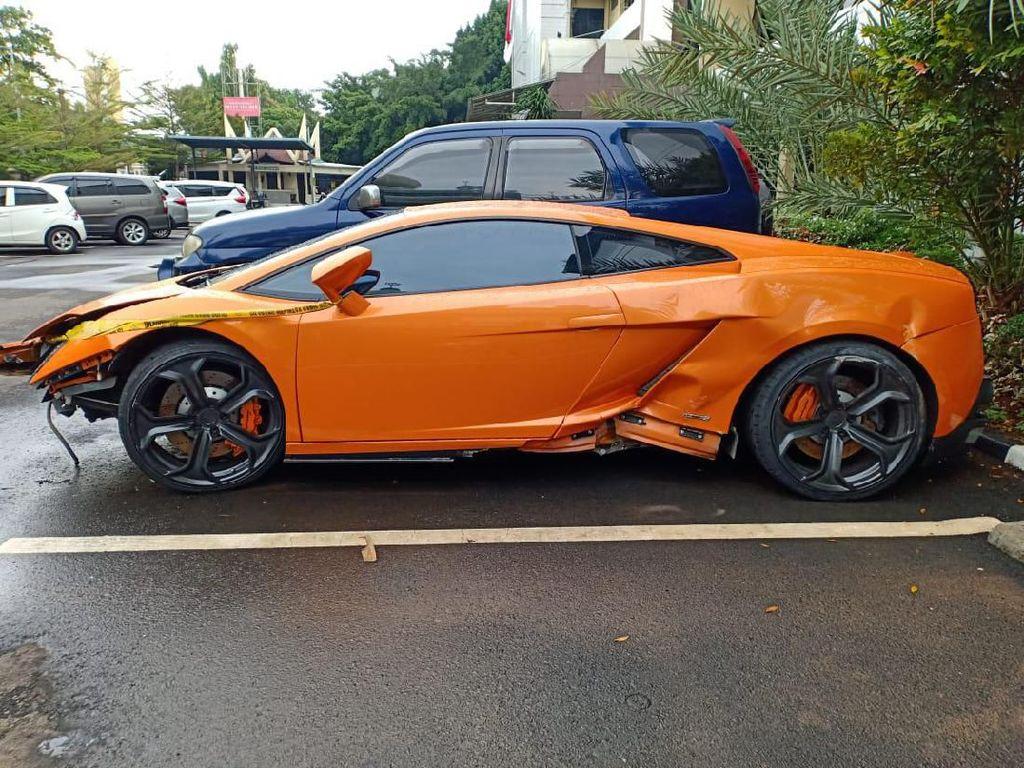 Pengemudi Koboi Lamborghini Dikenai Pasal Berlapis